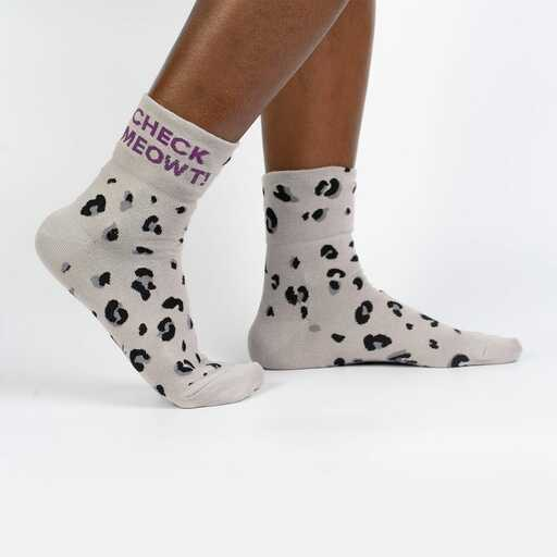 Check Meowt - Adorable Cat Face Turn Cuff Socks Grey - Women's in Grey