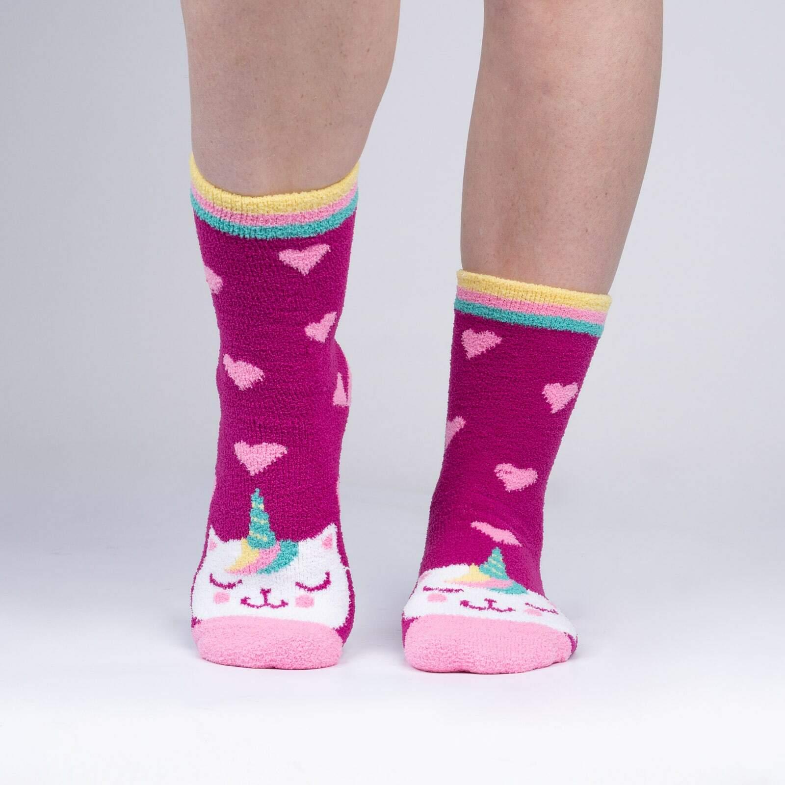 model wearing Mewnicorn - Fuzzy Cat Unicorn Slipper Socks - Women's