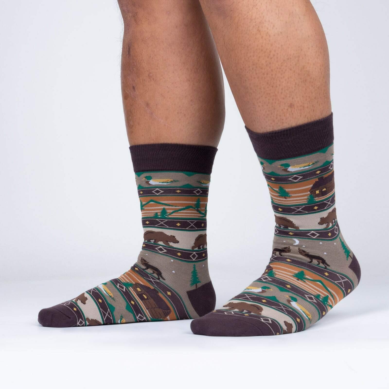 model side view of Cabin Life - Nature Crew Socks - Men's