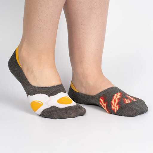 model wearing Bacon and Eggs Large - Breakfast Food No Show Socks Brown - Unisex